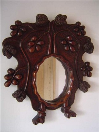 MIRROR IN WALNUT
