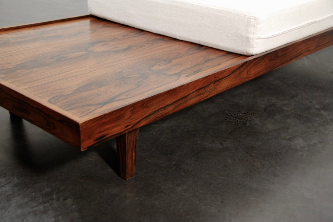 Day Bed rosewood