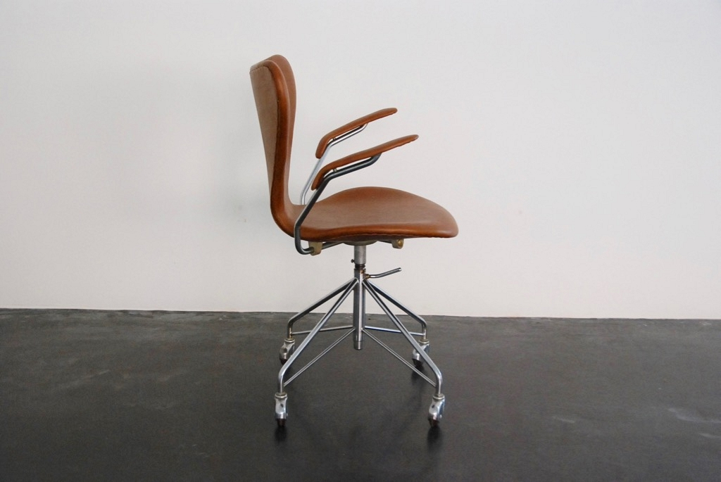 Florence Knoll Desk Chair