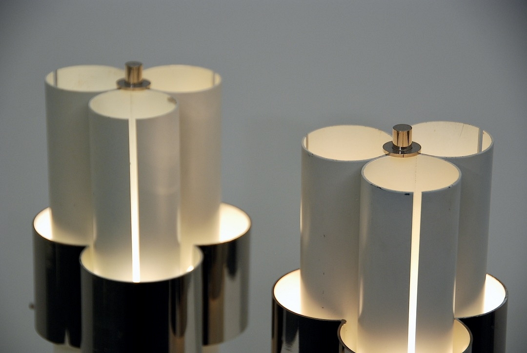 pair of metal table lamp